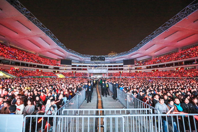 林宥嘉首次开户外巡回演唱会 新造型加彩蛋不断诚意满满!