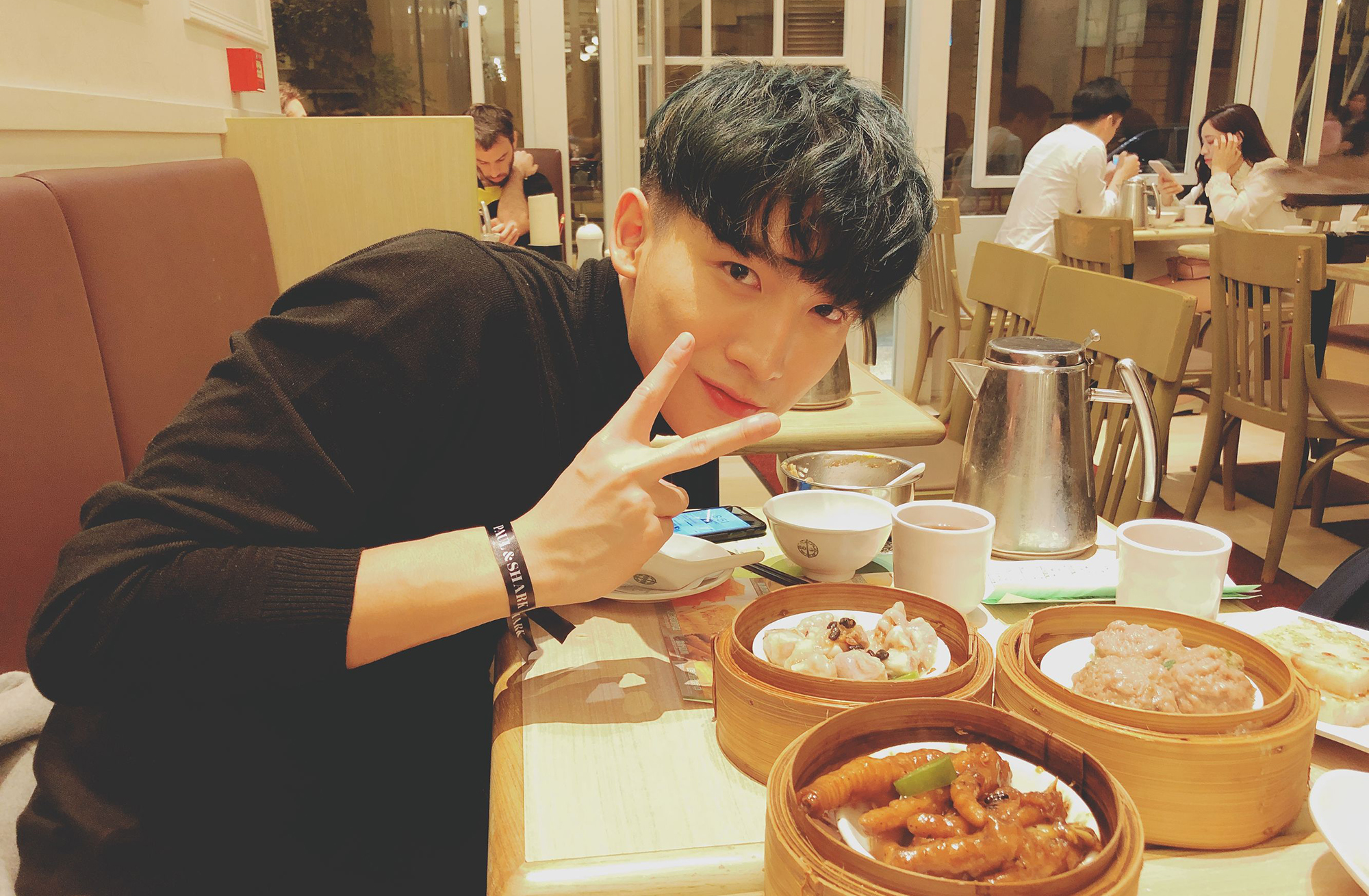 黄宏轩演绎中央空调式暖男 时尚活动初体验